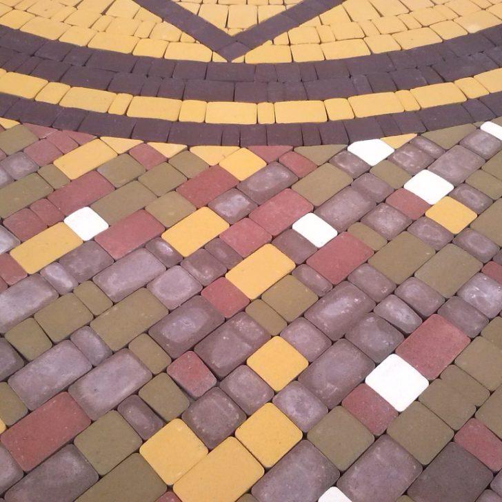 рисунки укладки тротуарной плитки старый город фото